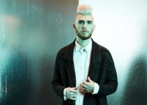 Chat with Colton Dixon about Identity